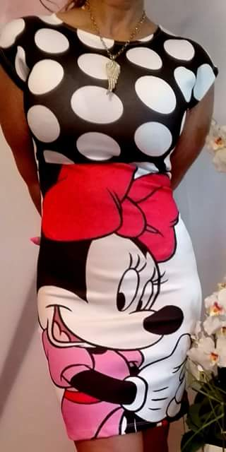 Mickey Mouse saty Minnie ruzove real foto