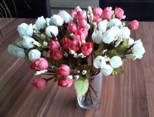 Plastova dekorace umele kytky 6